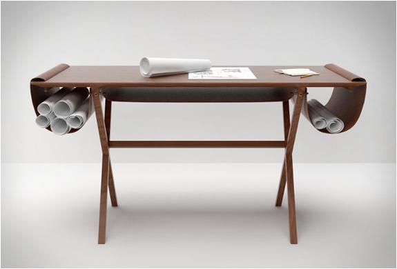 modern computer desk designed by Giorgio Bonaguro