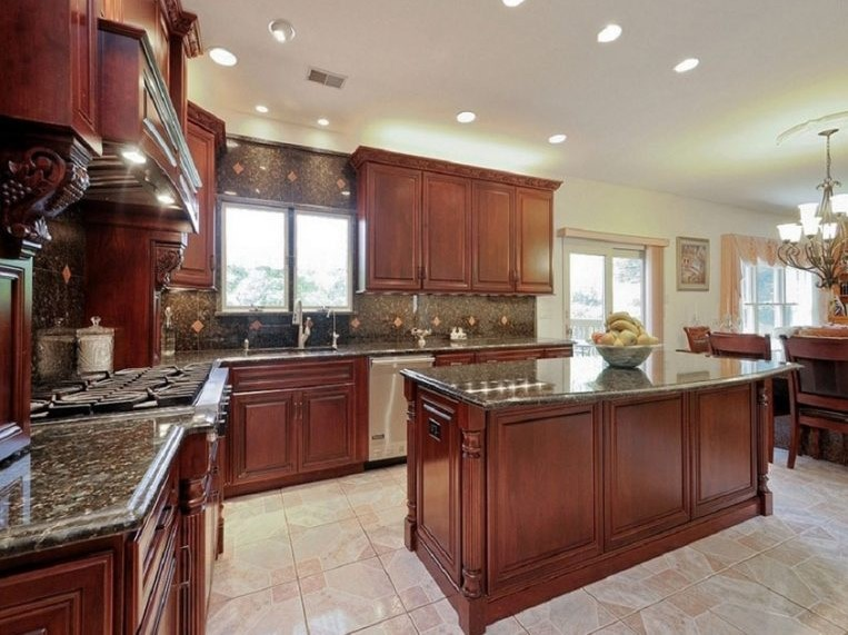 Classic Style Cherry Kitchen