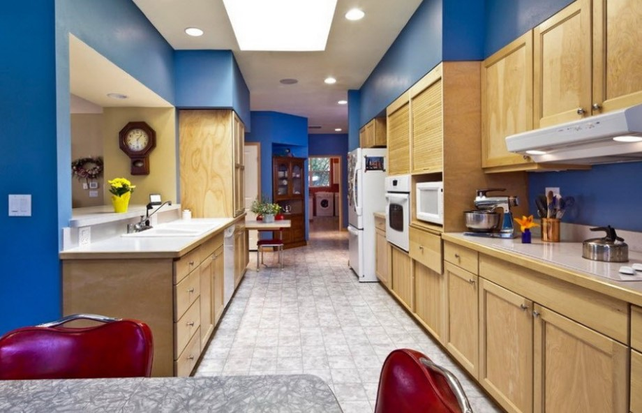 Classic Teal Brown Kitchen Cabinet
