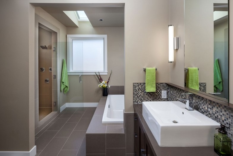 Crest Meadows Residence - Bathroom