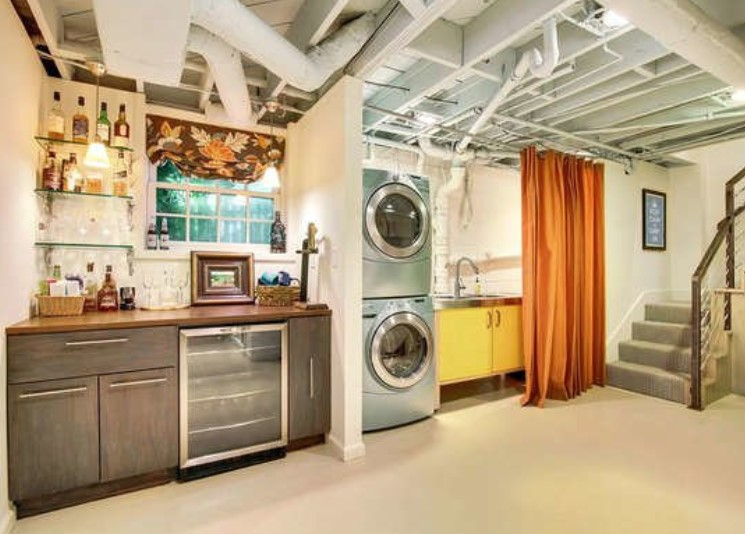Hidden and Clean Laundry Room with Curtain