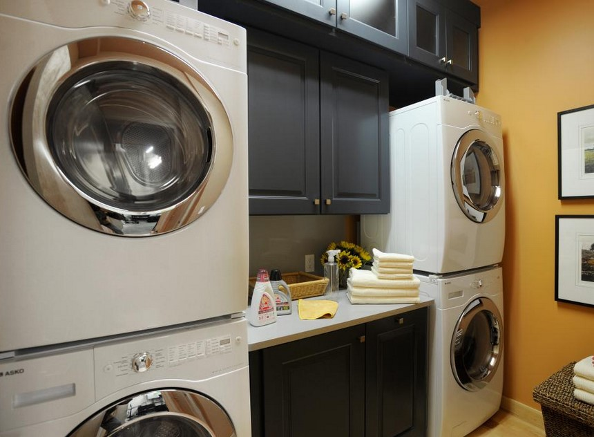 Open Laundry Room for Double
