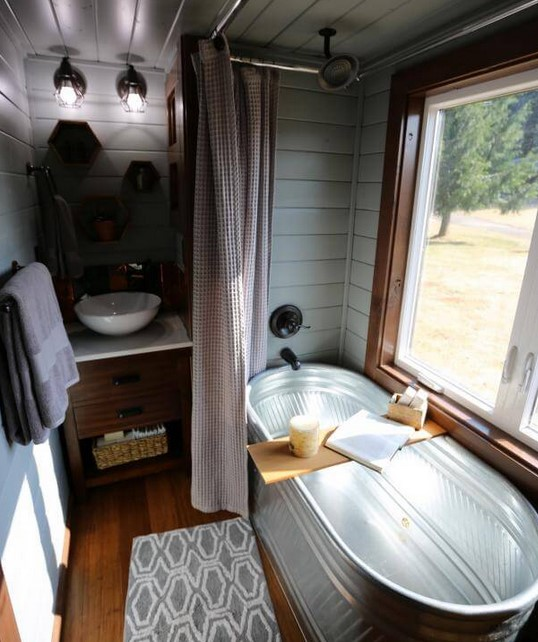 Tiny Heirloom's Tiny Spa-like Bathroom
