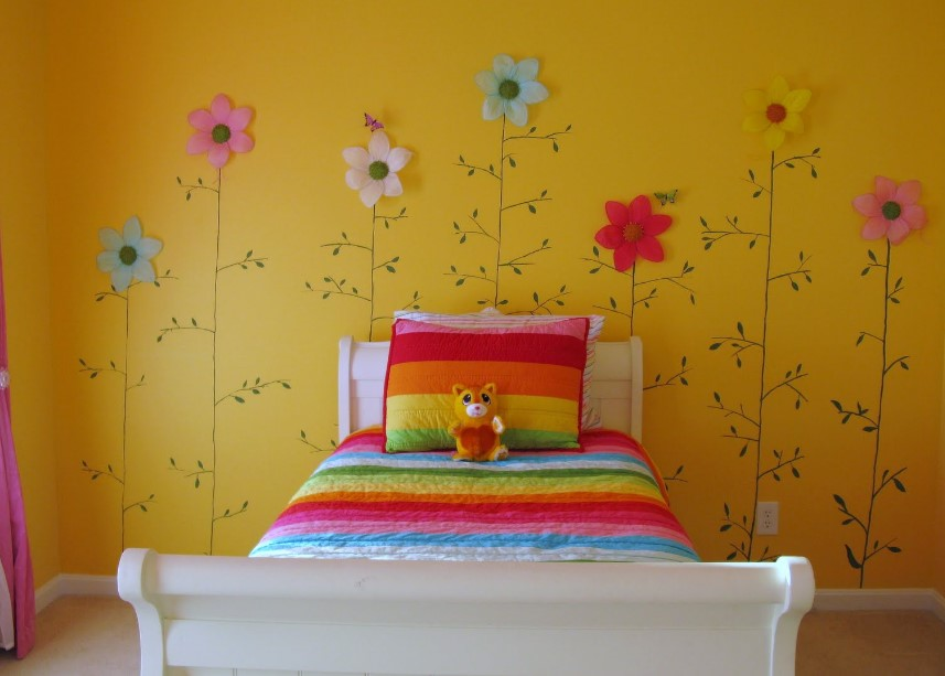 girls room decor ideas with rainbow motif