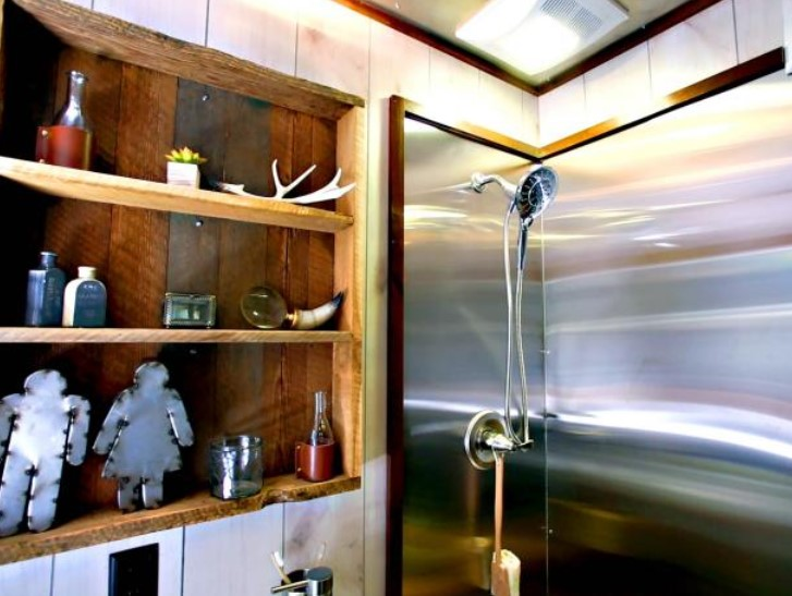 wonderful tiny house bathroom