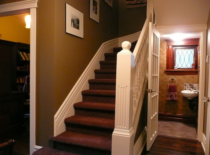 Old-Fashioned baseboards