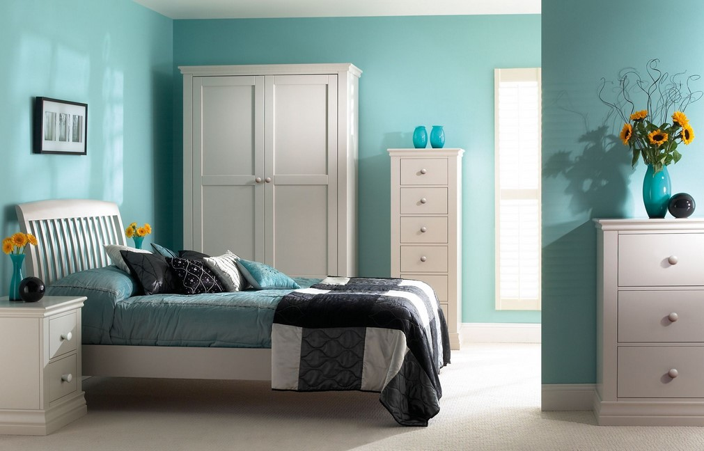 Turquoise Room Suggestion