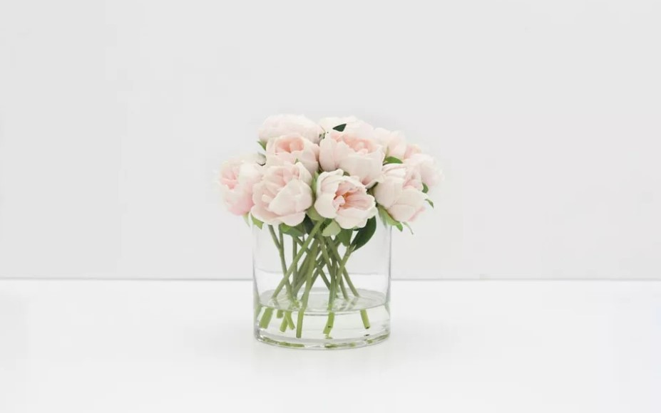 Soft Pretty Peonies For Wedding Centerpieces