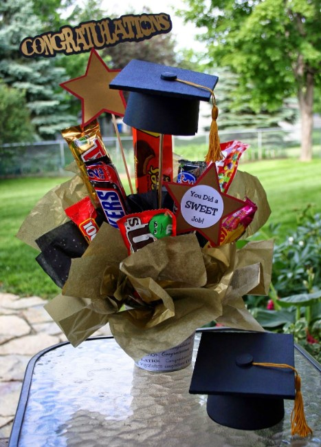Create Graduation Candy and Snack bar Bouquet