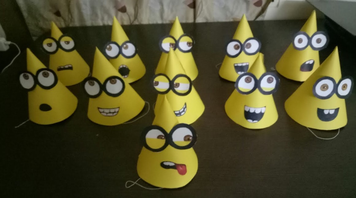 DIY Minion Party Hats
