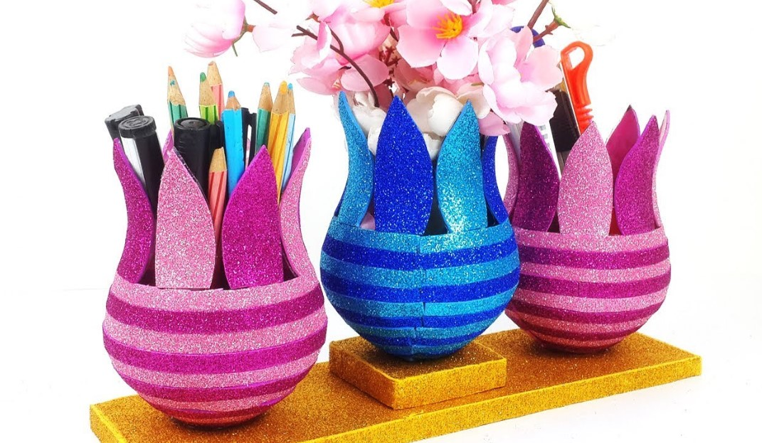 Decorated Plastic Bowl