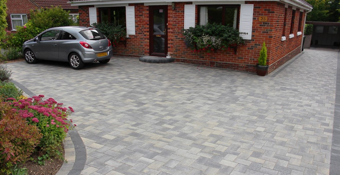 √ Driveway Ideas to Improve The Appeal of Your…