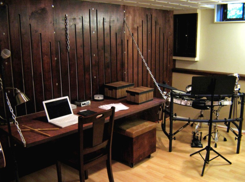 Hanging Wall Chained Desk