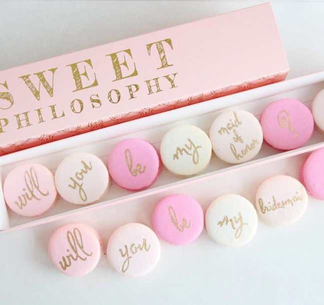 Macarons chic bridesmaid proposal ideas