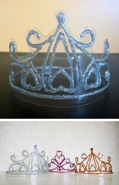 Princess's crown from water bottle