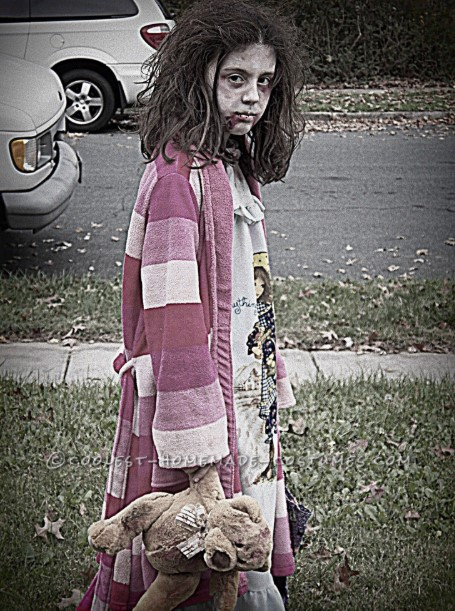 Really Terrifying Zombie Girl
