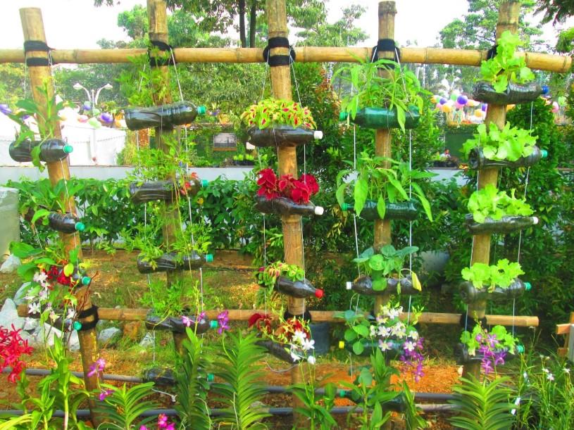 Vertical Hanging Planter