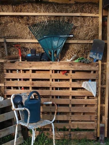 Wooden Pallet Garden Tools Organizer