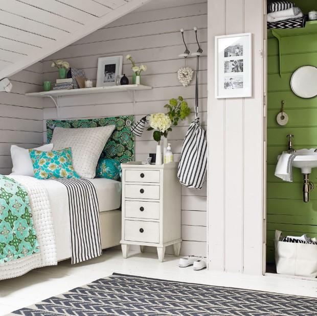 Blue and green attic bedroom ideas