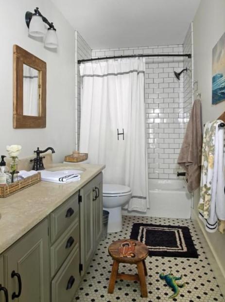 Brick style Farmhouse bathroom