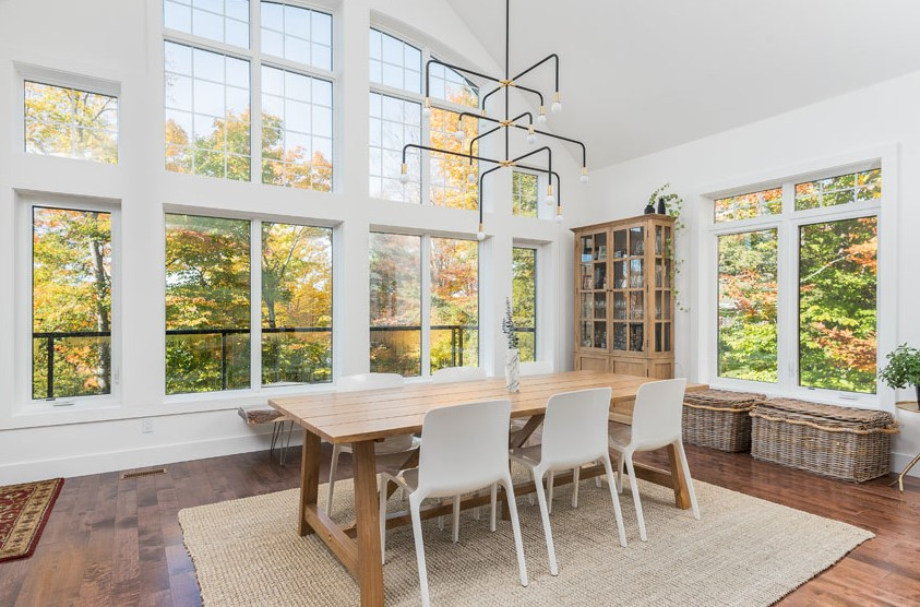 Casual Dining Space Sunroom
