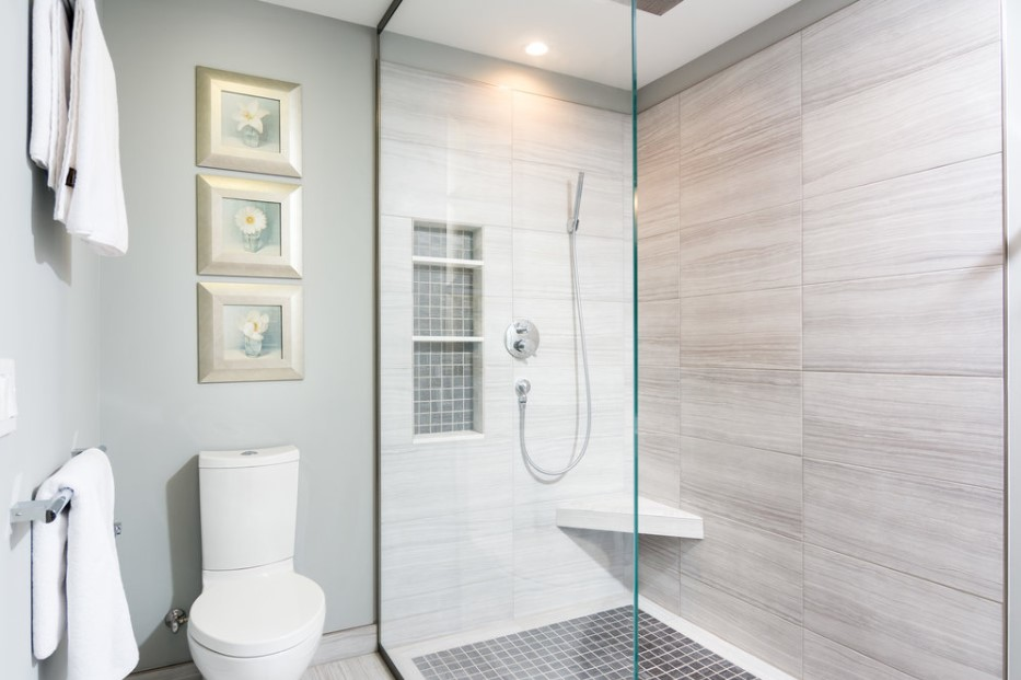 Clean white doorless shower Design