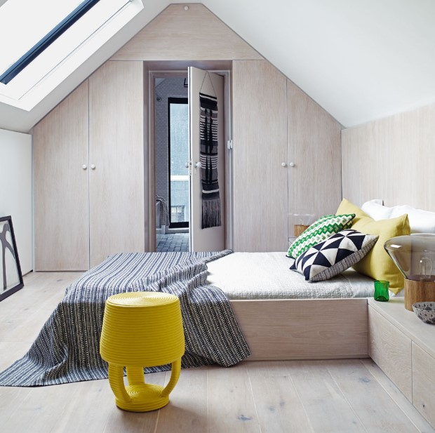 Colorful attic bedroom ideas