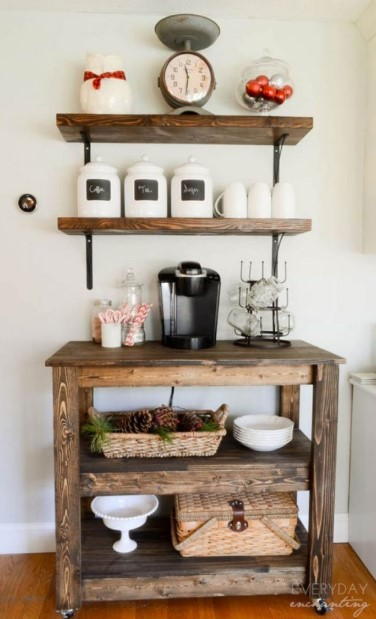 Country Farmhouse Style Station