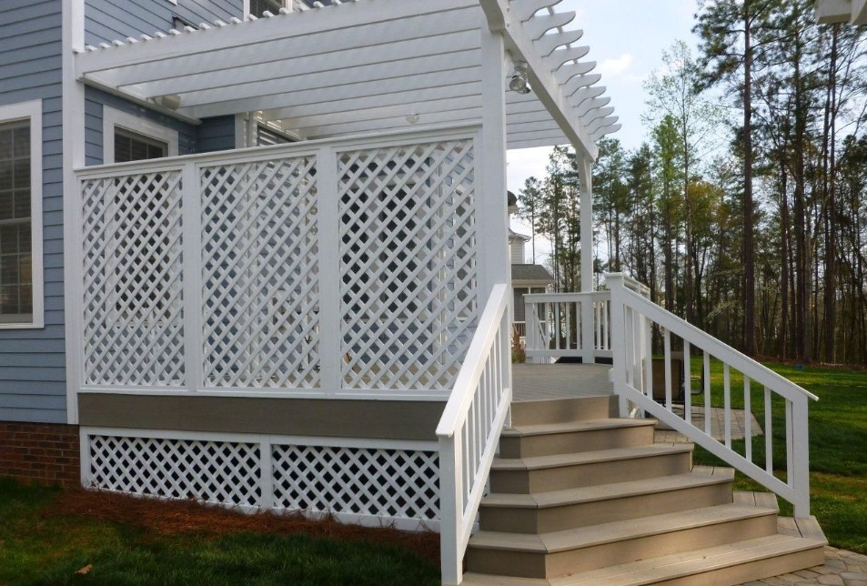 Deck Skirting With Privacy Screen