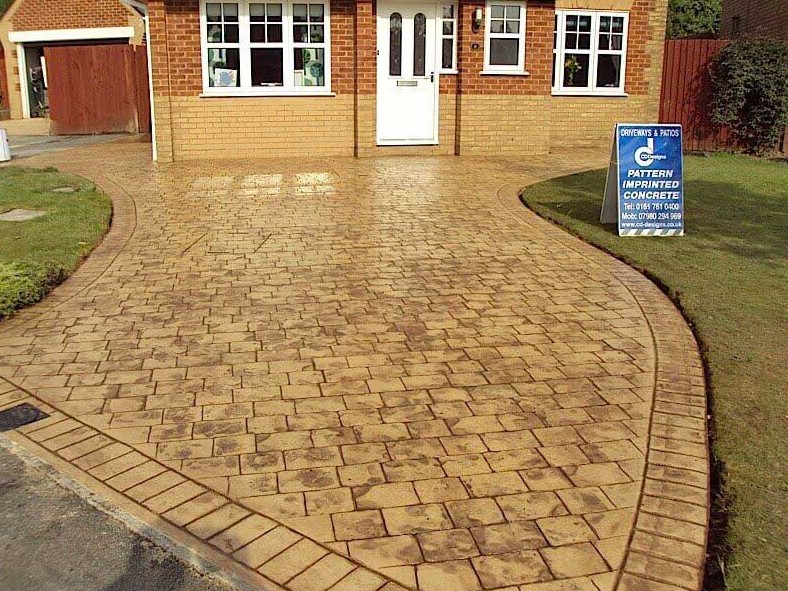 Elegant touch for driveway
