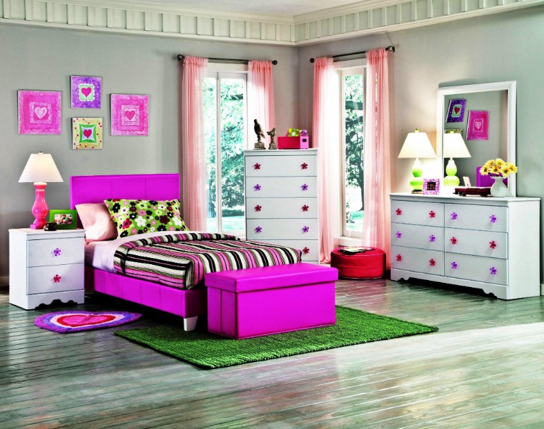 Fancy and Girly Kids Bedroom