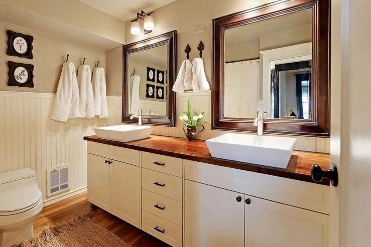 Farmhouse Bathroom with Double sink ideas