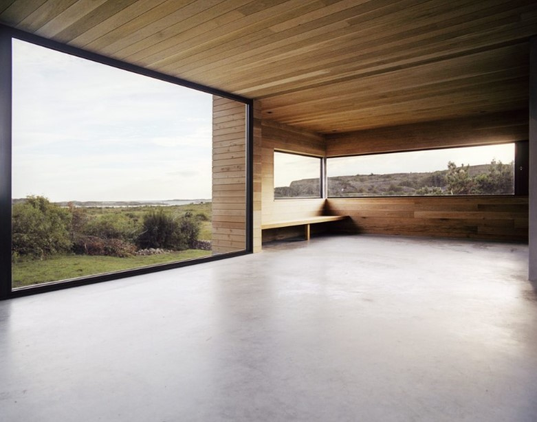 Gallery Style Floor to Ceiling Windows