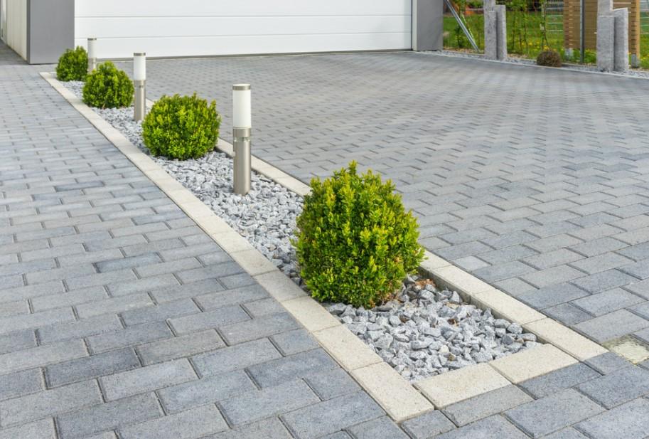 Large block driveway Ideas
