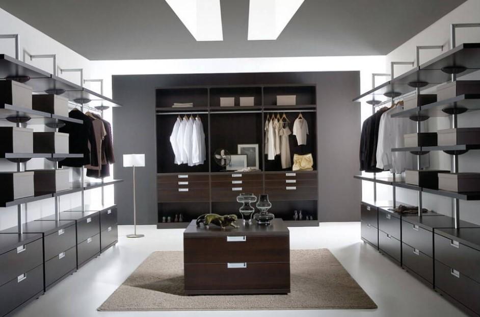 Monochrome walk in closet