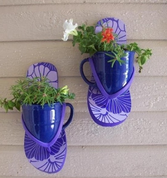 DIY pot Stand From Sandals