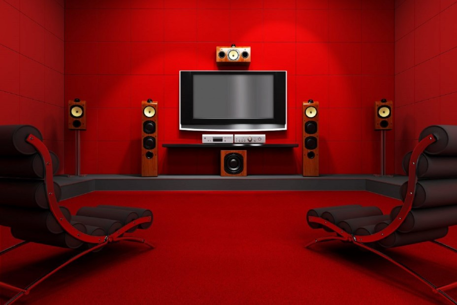 Red Movie Room for Two