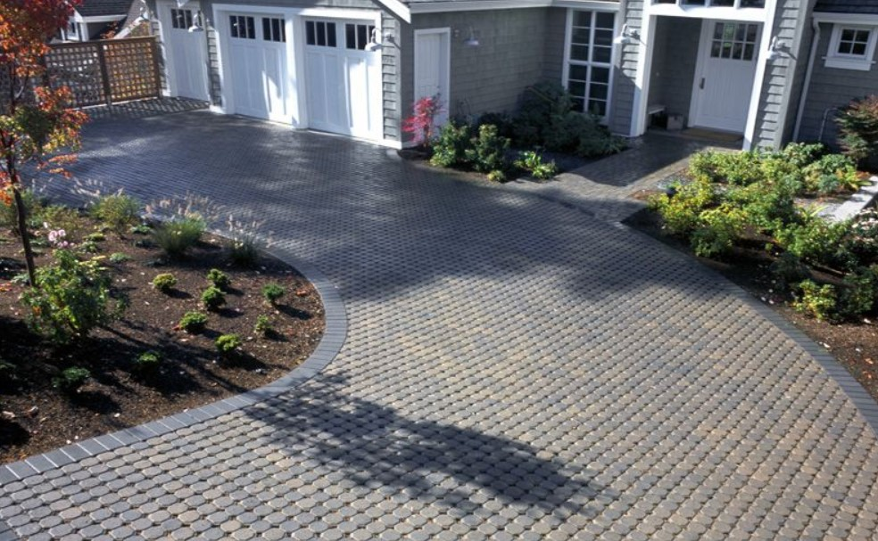 Stone and paver driveway