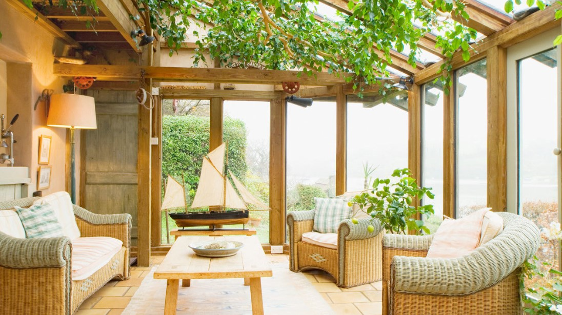 The Cozy Cottage Sunroom
