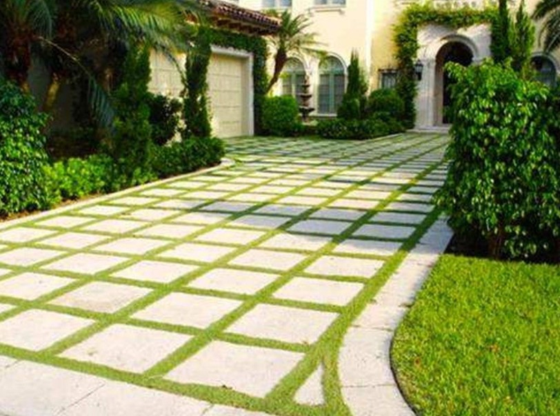 The White block driveway Ideas